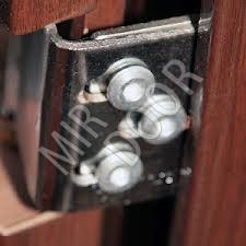 Регулировка металлических входных дверей своими руками