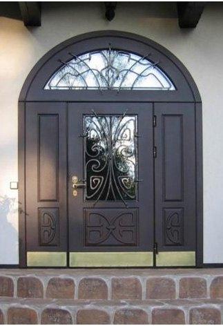 входные арочные двери для коттеджа