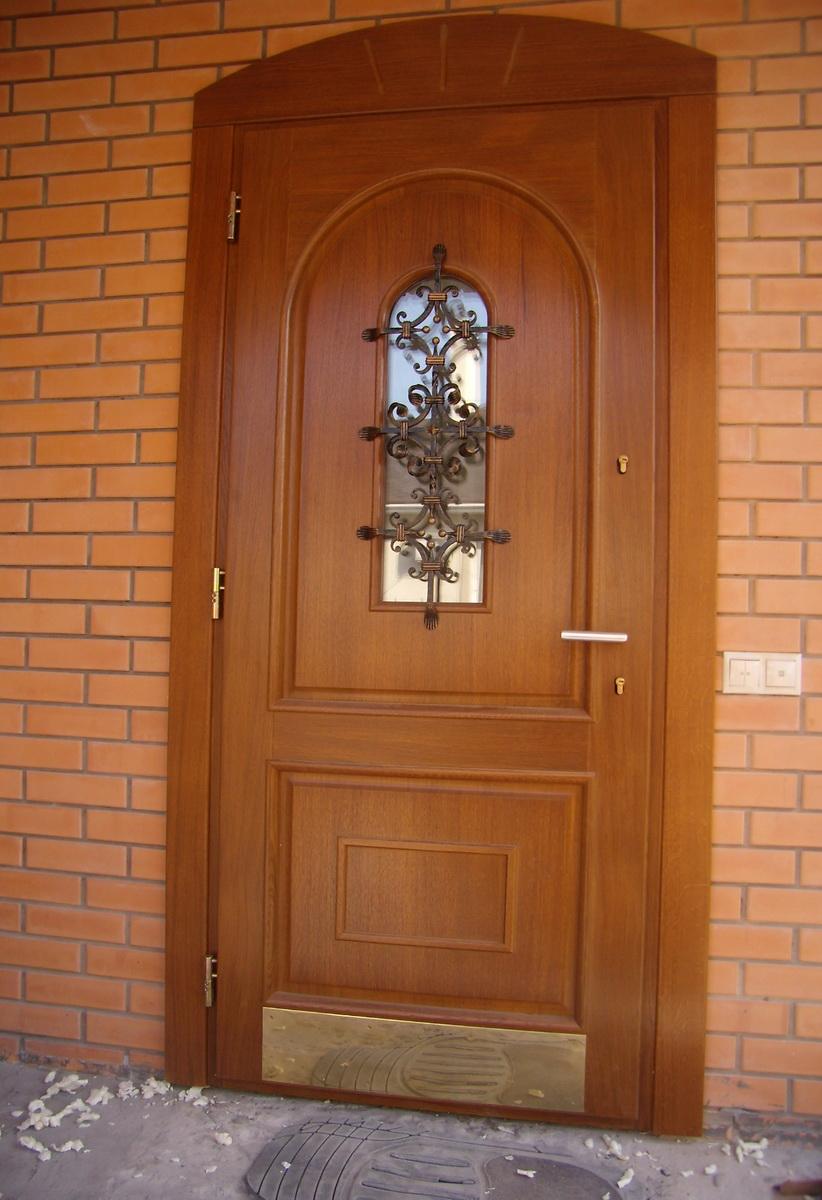 недорогие входные двери для частного дома