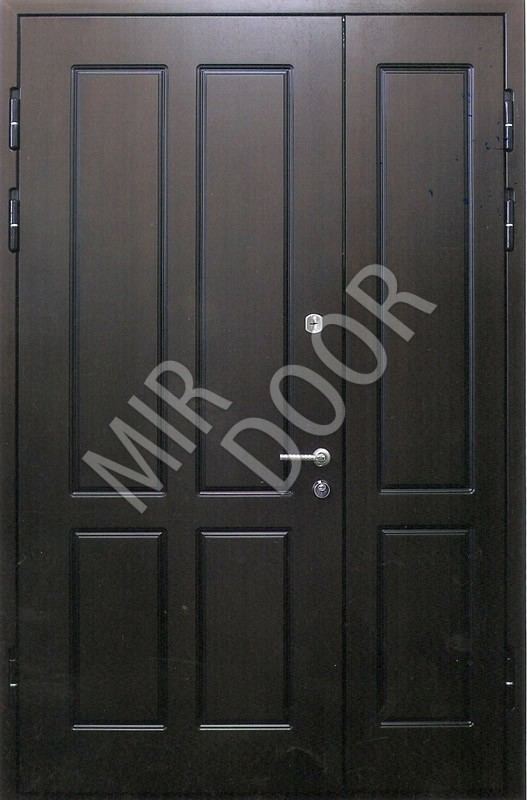купить двухстворчатую входную железную дверь